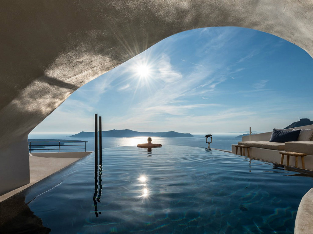 santorini hotel Peaceful Santorini Hotel By Interior Design Laboratorium p7 porto fira suites santorini greece interior design laboratorium photo giorgos sfakianakis yatzer