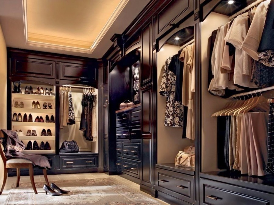 14 Walk In Closet Designs For Luxury Homes
