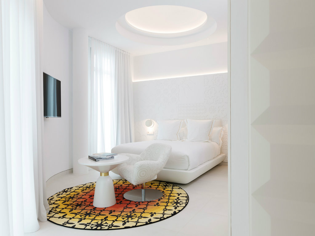 Luxury Hotel Marcel Wanders Designs an Indulgent Luxury Hotel in Mallorca coer