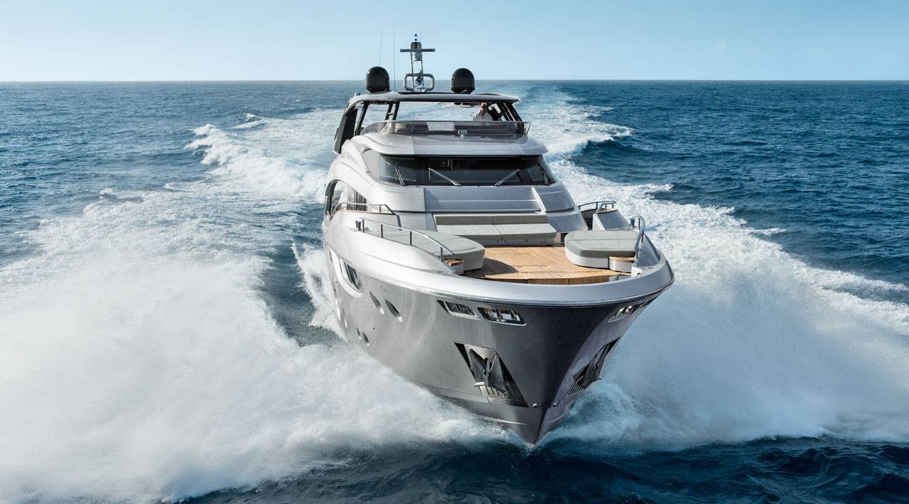 monte carlo yachts Sneak Peek: Discover the secrets for success of Monte Carlo Yachts 03 mcy105 navigation 0