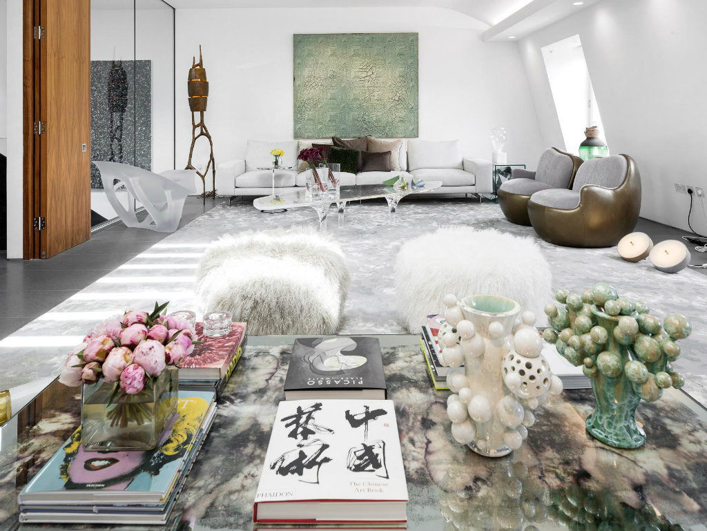 contemporary penthouse Artsy and Contemporary Penthouse in London by Fernanda Marques cover 4