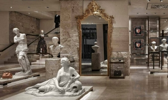 dolce & gabbana New Dolce & Gabbana Store Recreates The Grandeur of Teatro alla Scala cover 10 335x201