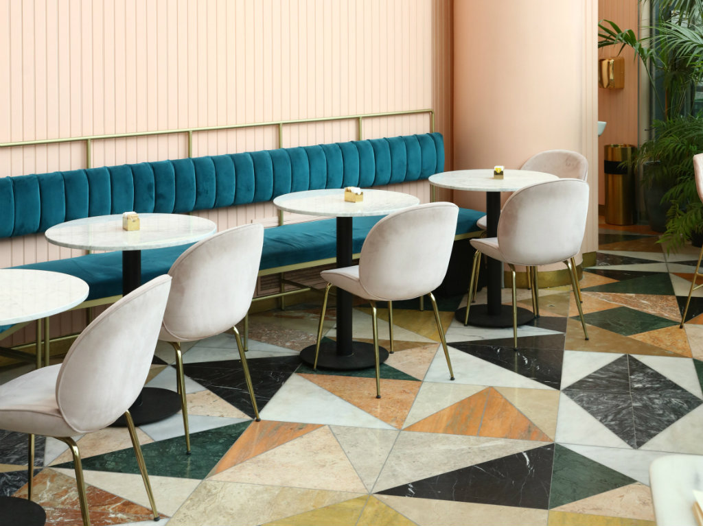 interior design Pink and Marble Enliven this Restaurant Interior Design in Tel Aviv cover2 3