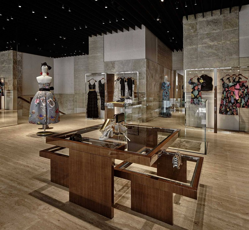 dolce & gabbana New Dolce & Gabbana Store Recreates The Grandeur of Teatro alla Scala luxury store inspirations 12