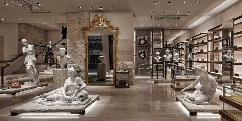 dolce & gabbana New Dolce & Gabbana Store Recreates The Grandeur of Teatro alla Scala luxury store inspirations 2