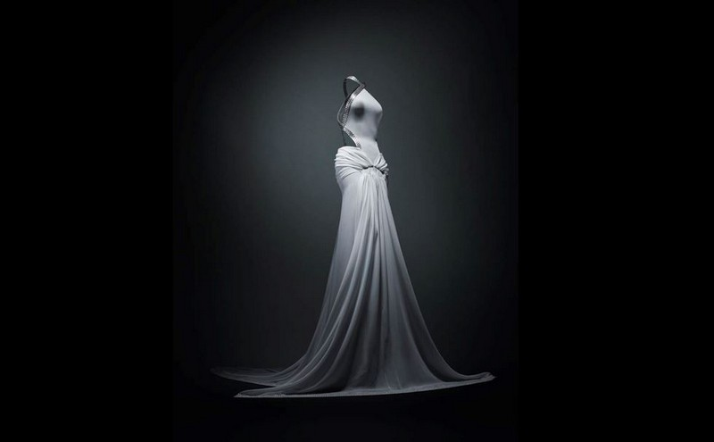 Azzedine Alaïa Azzedine Alaïa: The Couturier at Design Museum in London fashion inspirations1
