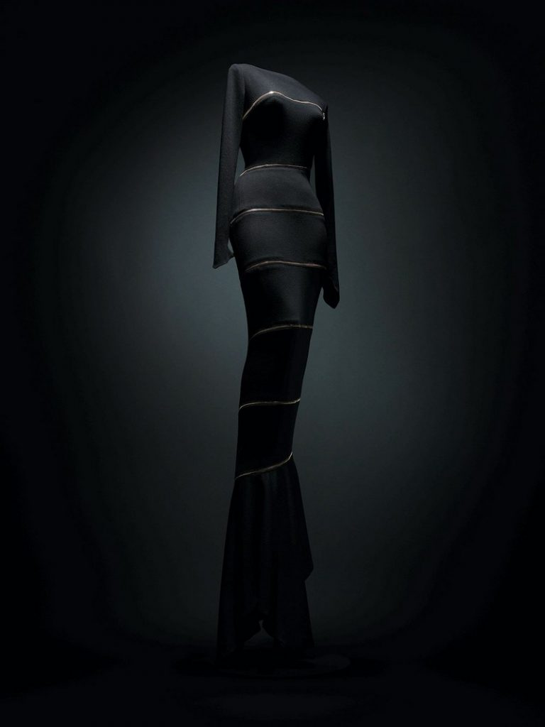 Azzedine Alaïa Azzedine Alaïa: The Couturier at Design Museum in London fashion inspirations4