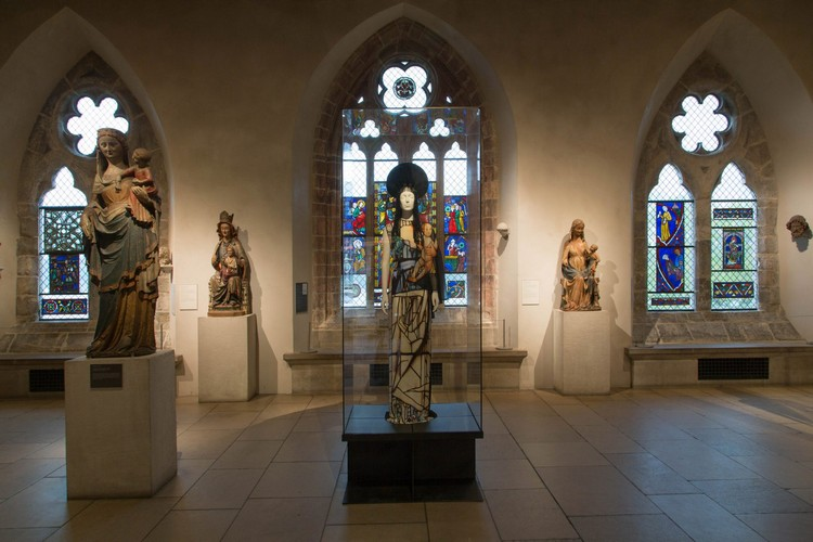 "art Met Museum's ""Heavenly Bodies"", A Dialogue Between Fashion and Art met ispirations 8"