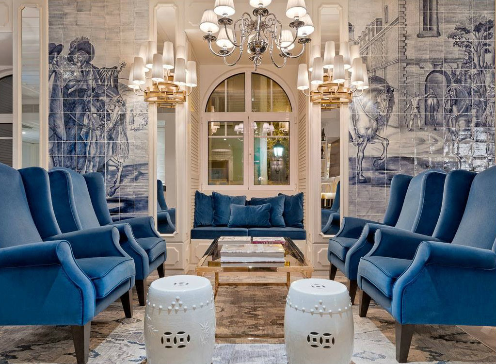 luxury hotel Hand-Painted Tiles Covered The Walls of the Luxury Hotel in Lisbon COVER