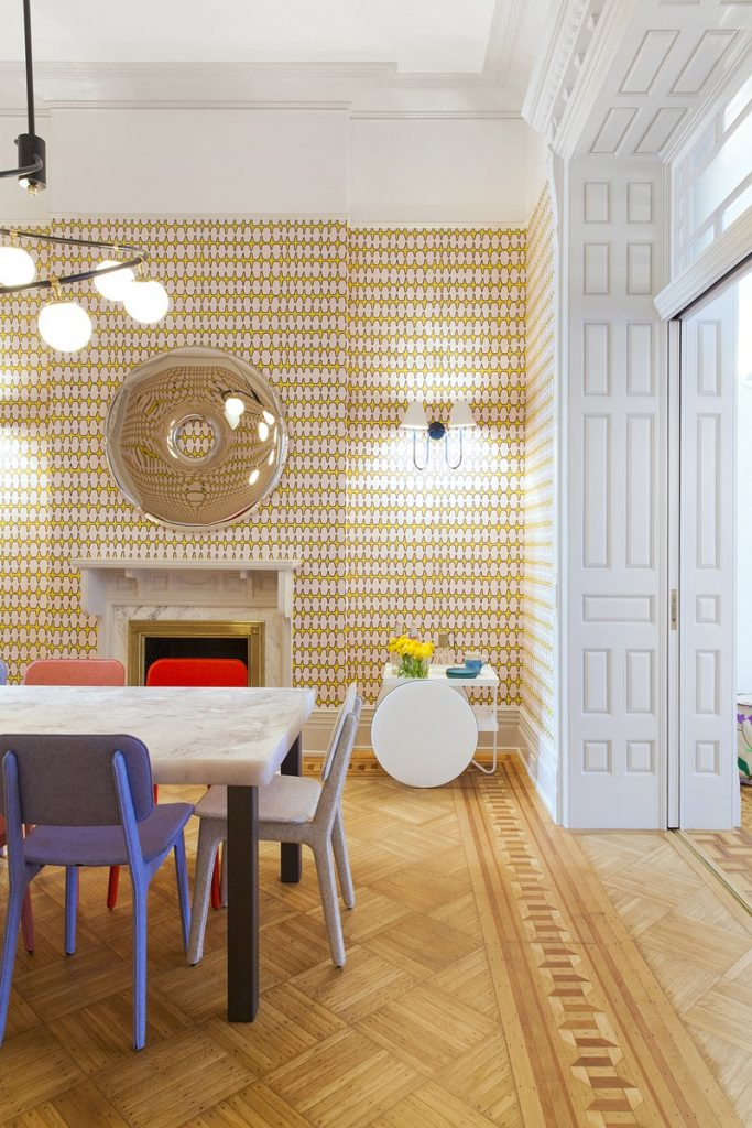 interiors Bright and Modern Interiors Enliven a Historical NY Apartment manhattan partment inspirations 13 683x1024