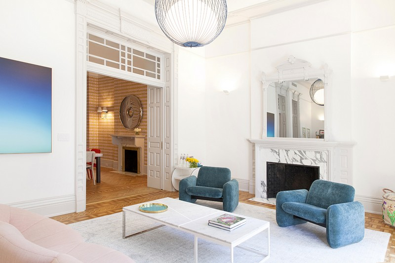 Bright and Modern Interiors Enliven a Historical NY Apartment interiors Bright and Modern Interiors Enliven a Historical NY Apartment manhattan partment inspirations 4