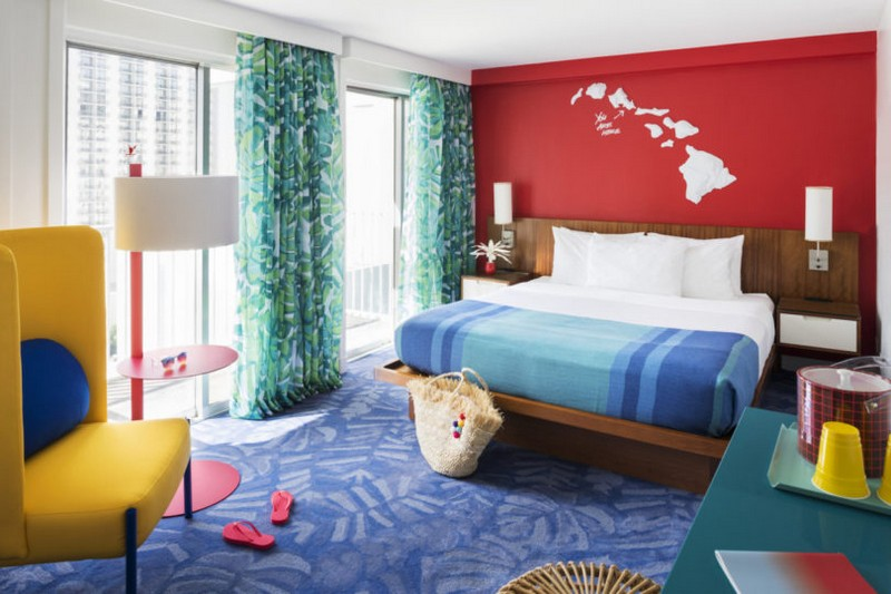 modern hotel A Tropical Explosion of Color in this Hawaiian-Inspired Modern Hotel hawai hotel inspirations 1