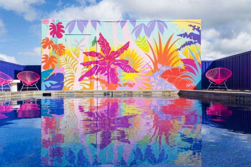 A Tropical Explosion of Color in this Hawaiian-Inspired Modern Hotel modern hotel A Tropical Explosion of Color in this Hawaiian-Inspired Modern Hotel hawai hotel inspirations 16