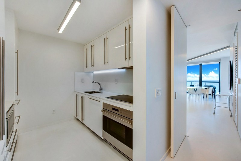 Zaha Hadid Zaha Hadid's One-of-a-kind Sculptured Residence in Miami modern architecture inspirations3