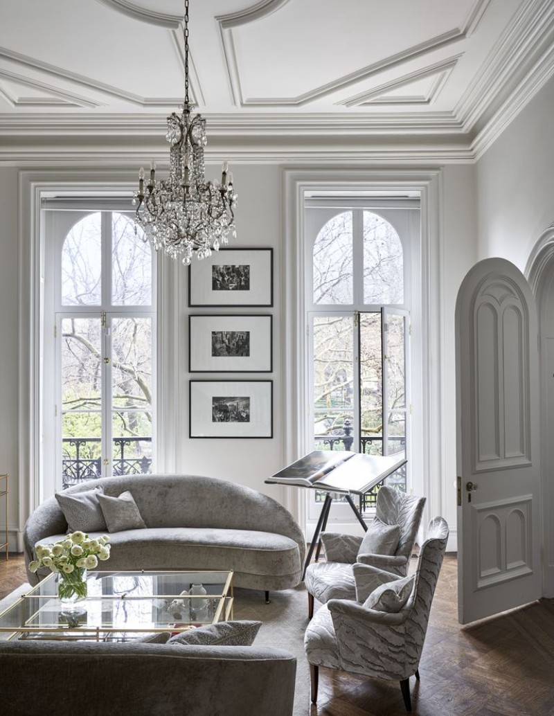 interior design An Elegantly Theatrical New York City Interior Design edc090118luhrmann08 1537453708