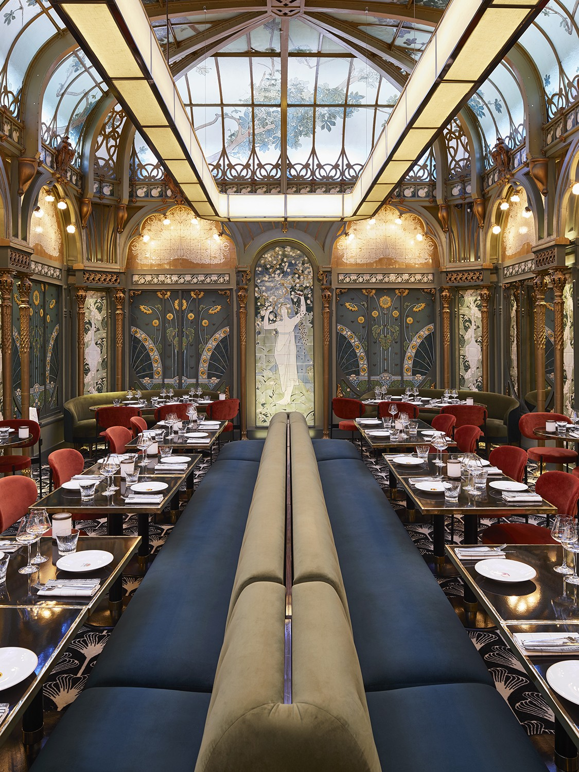 interior design Beefbar Paris, the New Jewel of Interior Design by Humbert & Poyet paris restaurant maison object 20194