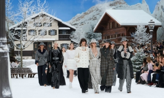 karl lagerfeld Karl Lagerfeld's Final Chanel Show Becomes A Flawless Winter Tale Lagerfelds Final Chanel Show is A Flawless Winter Tale feature 335x201
