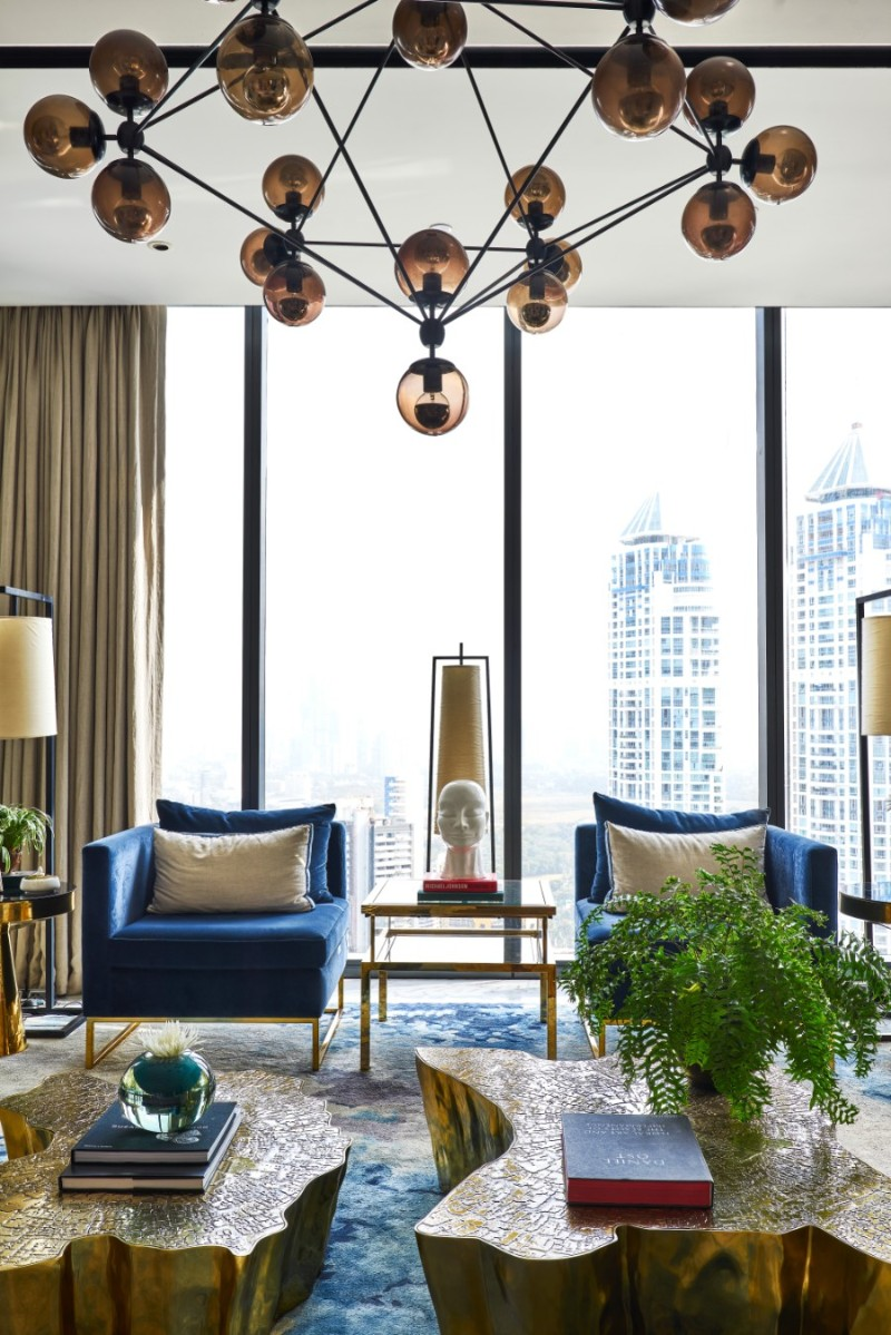 Pantone's Classic Blue Inspired Modern Living Room Designs living room design Pantone's Classic Blue Inspired Modern Living Room Designs Inside Altamount Residence by Hirsch Bedner Associates 10