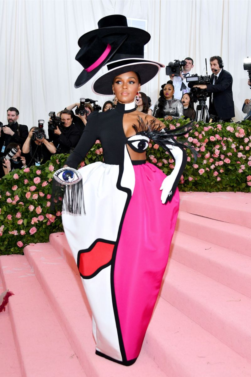 Met Gala 2019 - A Cry For Extravaganza met gala 2019 Met Gala 2019 – Discover All The Winning Looks Met Gala 2019 7