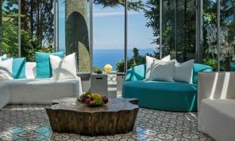 luxury retreat Villa Le Scale, A Luxury Retreat in the Italian Amalfi Coast de5da539f9e13153d456ac29c88c228c 335x201