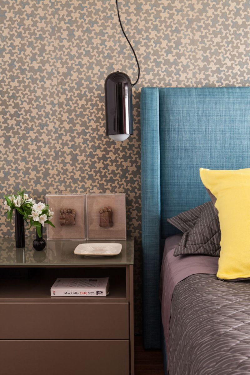 Panamby: One Apartment Filled With Colorful Details by Fabio Galeazzo fabio galeazzo Panamby: One Apartment Filled With Colorful Details by Fabio Galeazzo Panamby One Apartment Filled With Colorful Details by Fabio Galeazzo 15