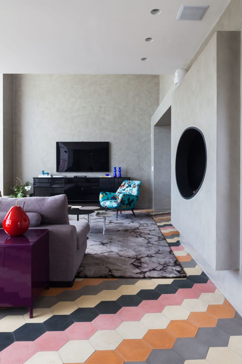 Panamby: One Apartment Filled With Colorful Details by Fabio Galeazzo fabio galeazzo Panamby: One Apartment Filled With Colorful Details by Fabio Galeazzo Panamby One Apartment Filled With Colorful Details by Fabio Galeazzo 4