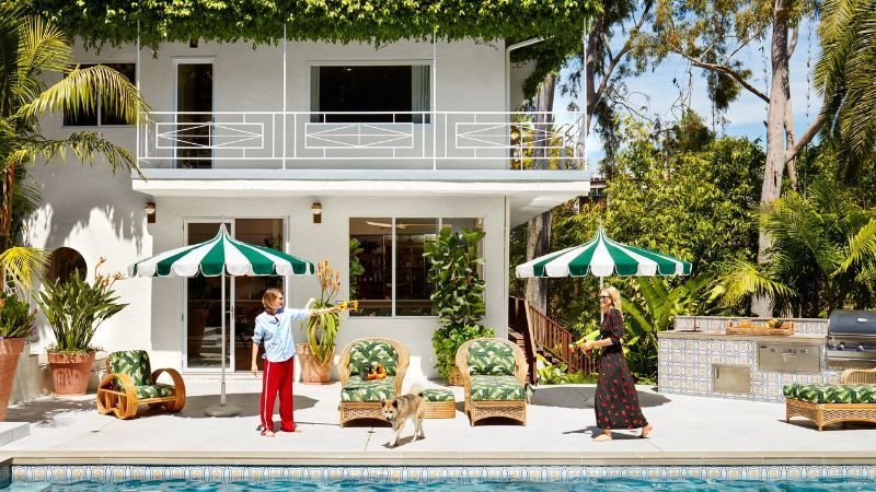 Step Inside Poppy and Cara Delevingne's Stylish Home in Los Angeles stylish home Cara and Poppy Delevingne Open The Doors Of Their Stylish Home Step Inside Delevingnes Home in Los Angeles