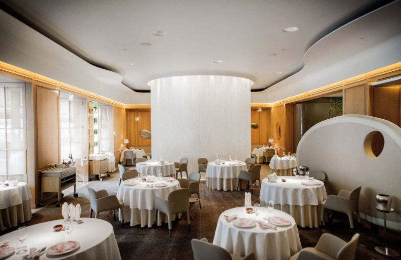 What To Do In London - The Ultimate Design Guide For The City Of Art what to do in london What To Do In London – The Ultimate Design Guide For The City Of Art Alain Ducasse at The Dorchester