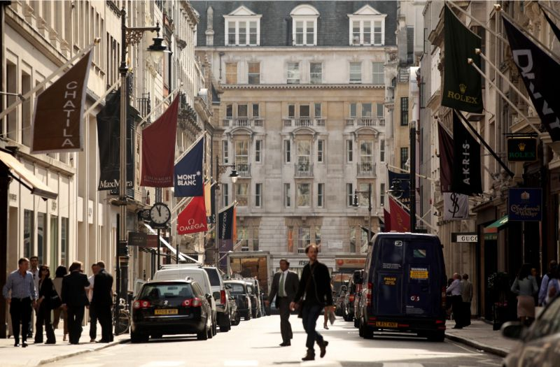 What To Do In London - The Ultimate Design Guide For The City Of Art what to do in london What To Do In London – The Ultimate Design Guide For The City Of Art Bond Street