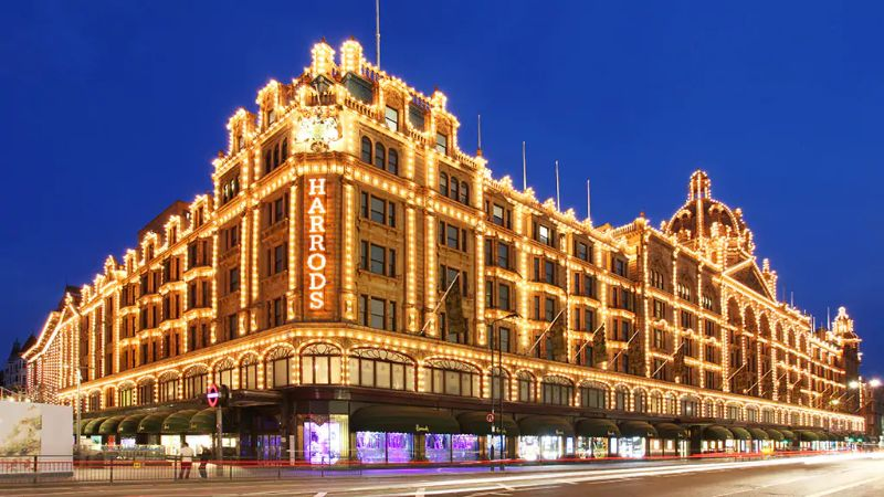 What To Do In London - The Ultimate Design Guide For The City Of Art what to do in london What To Do In London – The Ultimate Design Guide For The City Of Art Harrods