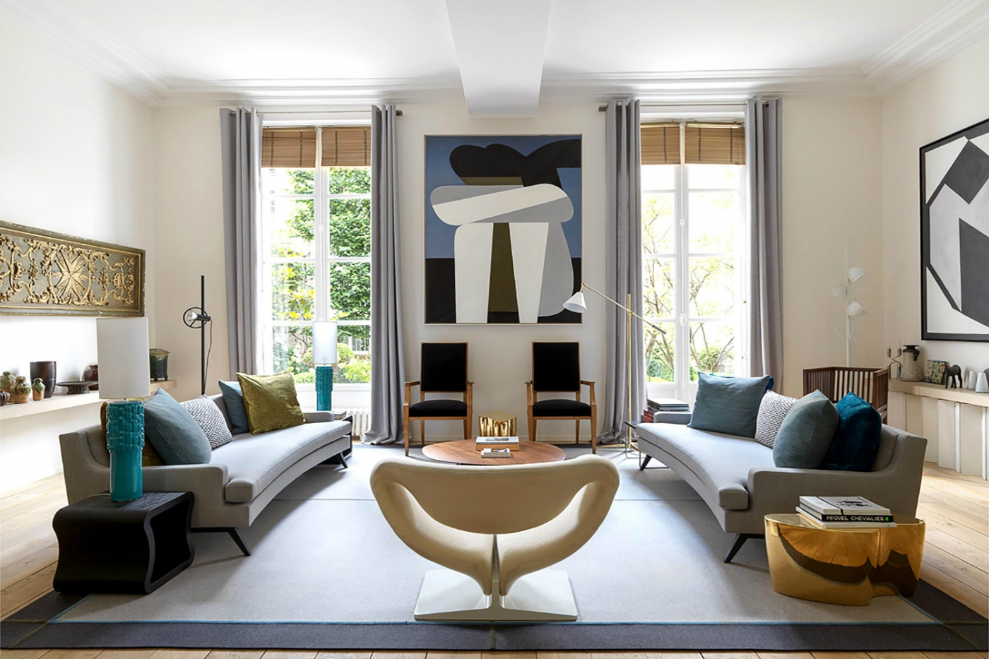 didier gomez Didier Gomez Creates A Perfect Harmony Inside This Parisian Apartment featured 1400x933