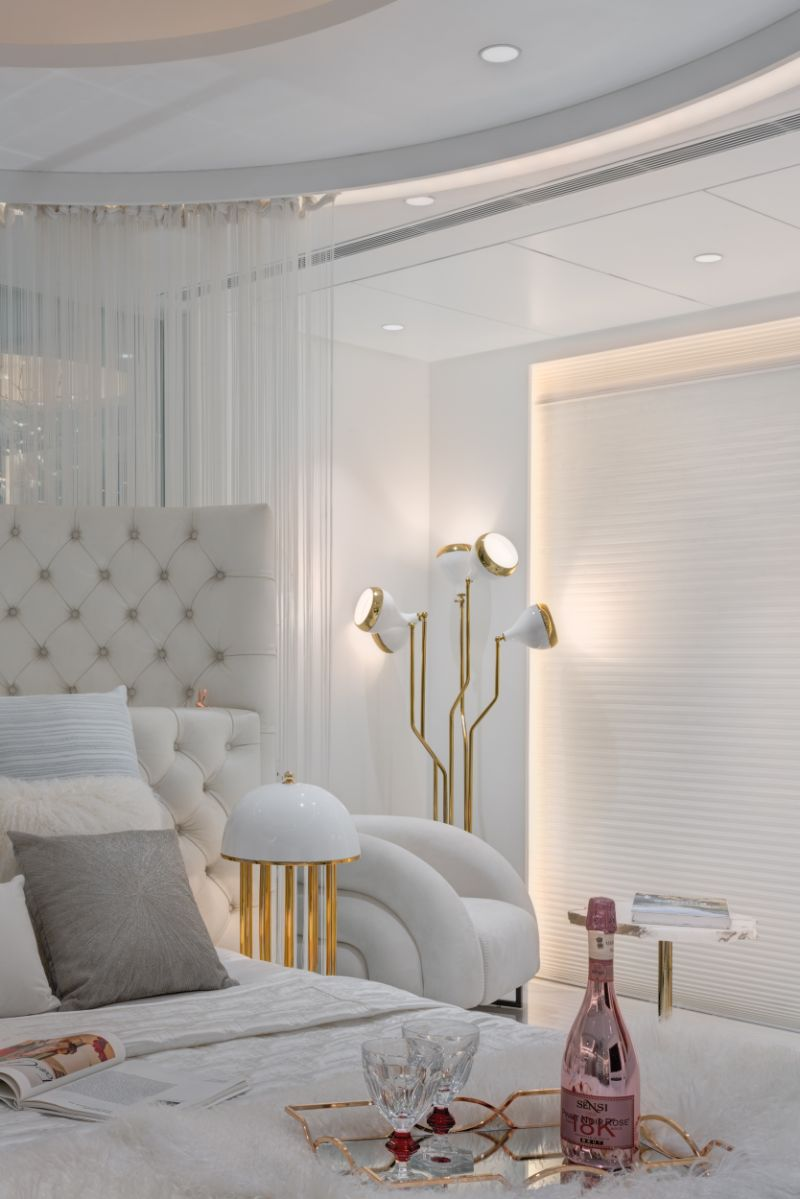 A Sense Of Glam And Sophistication Inside This Luxury Residence luxury residence A Sense Of Glam And Sophistication Inside This Luxury Residence A Sense Of Glam And Sophistication Inside This Luxury Residence 9