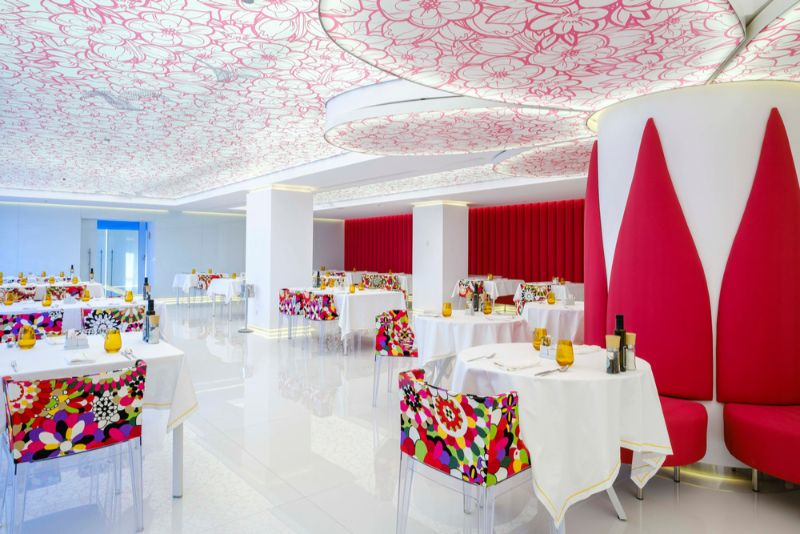 Formentera's First Five-Star Luxury Hotel Has A 60's Hippie Vibe luxury hotel Formentera's First Five-Star Luxury Hotel Has A 60's Hippie Vibe Formenteras First Five Star Hotel Has A 60s Hippie Vibe 9