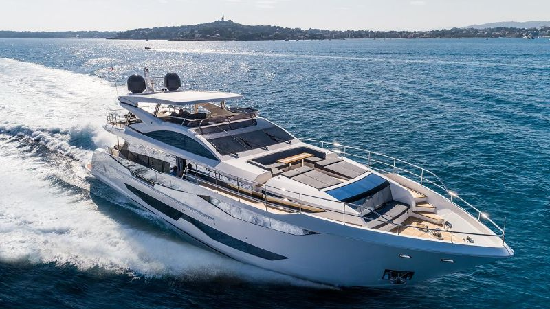 Inside Pearl 65 Superyacht: A Supreme Interior Design by Kelly Hoppen kelly hoppen Inside Pearl 65 Superyacht: A Supreme Interior Design by Kelly Hoppen Inside Pearl 65 Superyacht A Supreme Interior Design by Kelly Hoopen 7