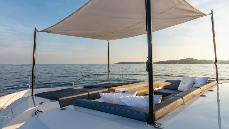 Inside Pearl 65 Superyacht: A Supreme Interior Design by Kelly Hoppen kelly hoppen Inside Pearl 65 Superyacht: A Supreme Interior Design by Kelly Hoppen Inside Pearl 65 Superyacht A Supreme Interior Design by Kelly Hoopen 9