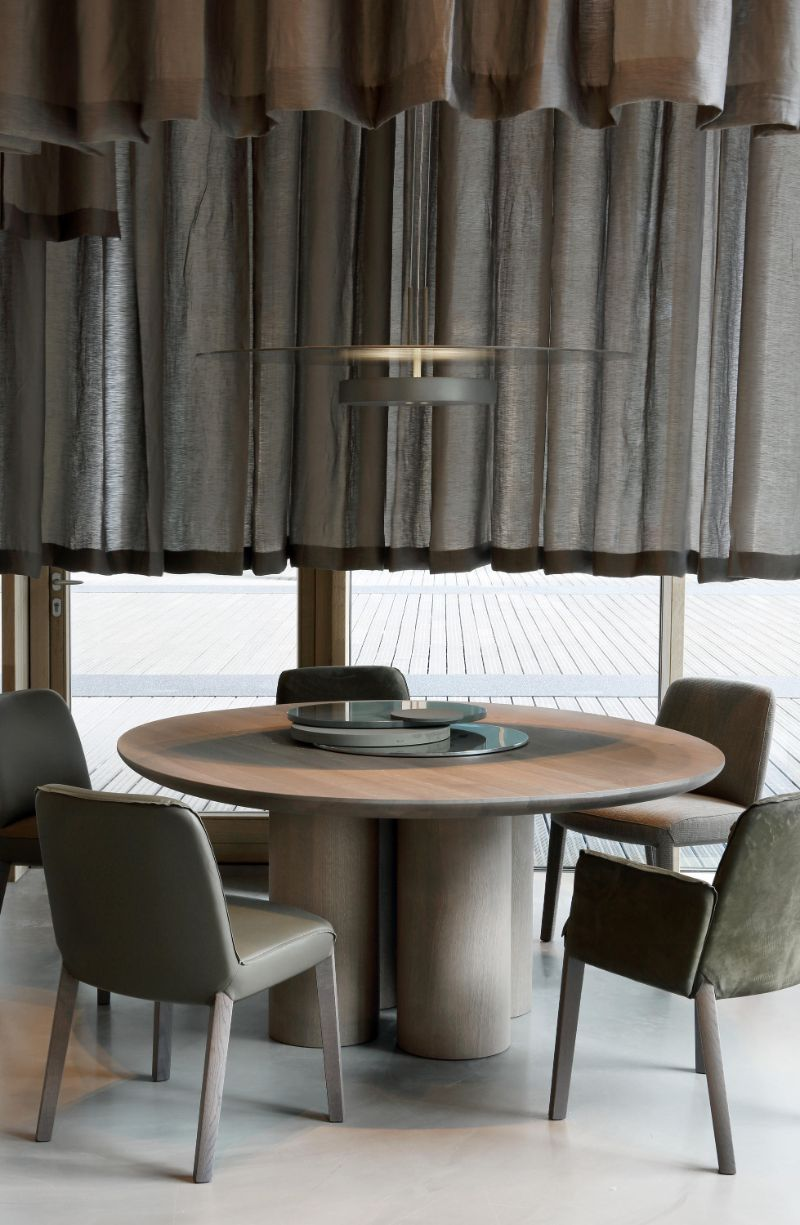 Refined and Modern Dining Tables For Your Astonishing Dining Room modern dining tables Refined and Modern Dining Tables For Your Astonishing Dining Room OLLE DINING TABLE BY STUDIO PIET BOON 1