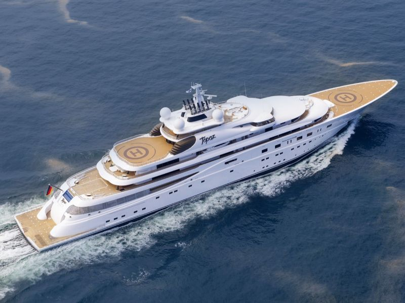 Pure Symbols Of Sophistication: Here Are The Most Unique Superyachts superyachts Pure Symbols Of Sophistication: Here Are The Most Unique Superyachts TOPAZ 1