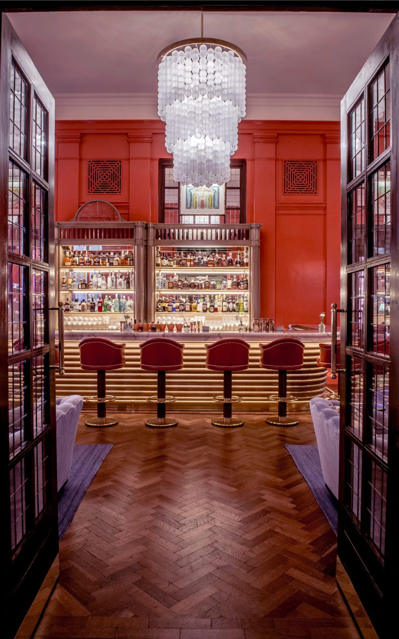 The Coral Room - A Vibrant Grand Salon Bar Designed By Martin Brudnizki martin brudnizki The Coral Room – A Vibrant Grand Salon Bar Designed By Martin Brudnizki The Coral Room A Vibrant Grand Salon Bar Designed By Martin Brudnizki 4