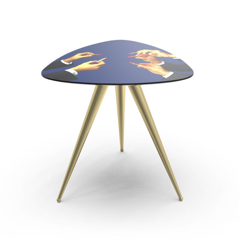 Fall In Love With These Artistic And Unique Side Tables unique side tables Modern Furniture – Fall In Love With These Unique Side Tables TP Side tablelipstick blu 2