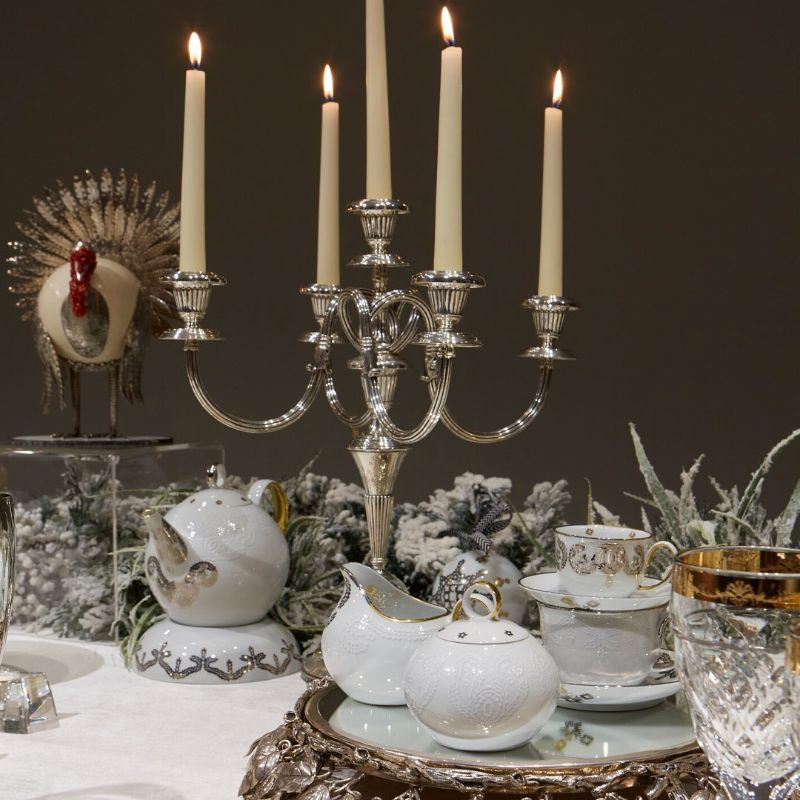 Get Ready For The Holidays: Silver Dining Room Ideas dining room ideas Get Ready For The Holidays: Silver Dining Room Ideas Get Ready For The Holidays Silver Dining Ideas 11