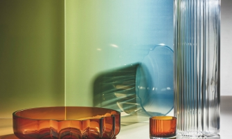 zaha hadid The Pulse Glass Collection by Zaha Hadid Design feature 5 335x201