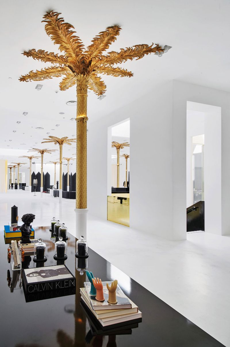 Barcelona's New Concept Store: Palatial Interiors with A Modern Design modern design Barcelona's New Concept Store: Palatial Interiors with A Modern Design Barcelonas New Concept Store Palatial Interiors with A ModernDesign 13