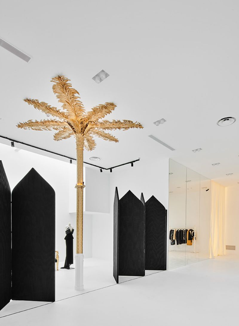 Barcelona's New Concept Store: Palatial Interiors with A Modern Design modern design Barcelona's New Concept Store: Palatial Interiors with A Modern Design Barcelonas New Concept Store Palatial Interiors with A ModernDesign 4