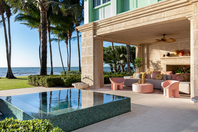 Gulf Coast Home, A Pastel-Colored Paradise By Kelly Behun kelly behun Gulf Coast Home, A Pastel-Colored Paradise By Kelly Behun Gulf Coast Home A Pastel Colored Paradise By KellyBehun 3
