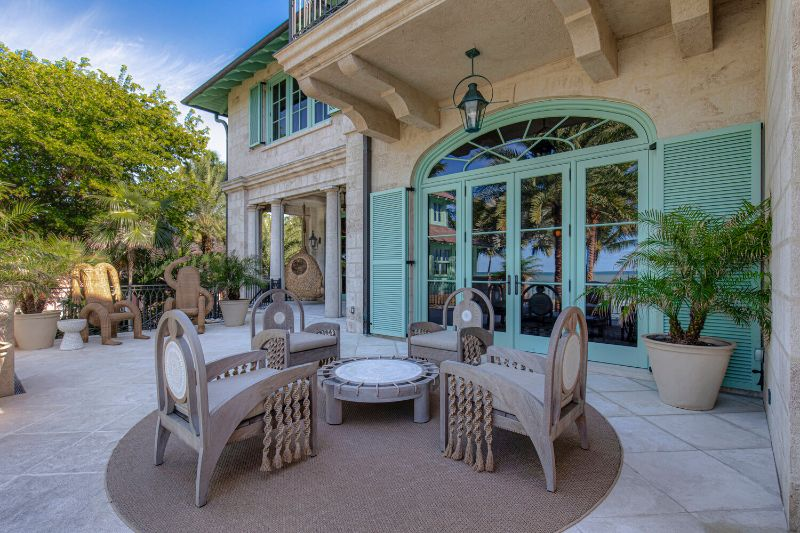 Gulf Coast Home, A Pastel-Colored Paradise By Kelly Behun kelly behun Gulf Coast Home, A Pastel-Colored Paradise By Kelly Behun Gulf Coast Home A Pastel Colored Paradise By KellyBehun 9