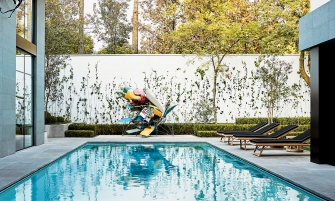 luxury outdoor Amazing Pools That Epitomize Your Luxury Outdoor Living at Its Finest Amazing Pools That Epitomize Your Luxury Outdoor Living at Its Finest feature image 335x201