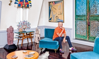 luxury home Step Inside Christian Louboutin's Parisian Luxury Home Step Inside Christian Louboutins Parisian Luxury Home feature image 335x201