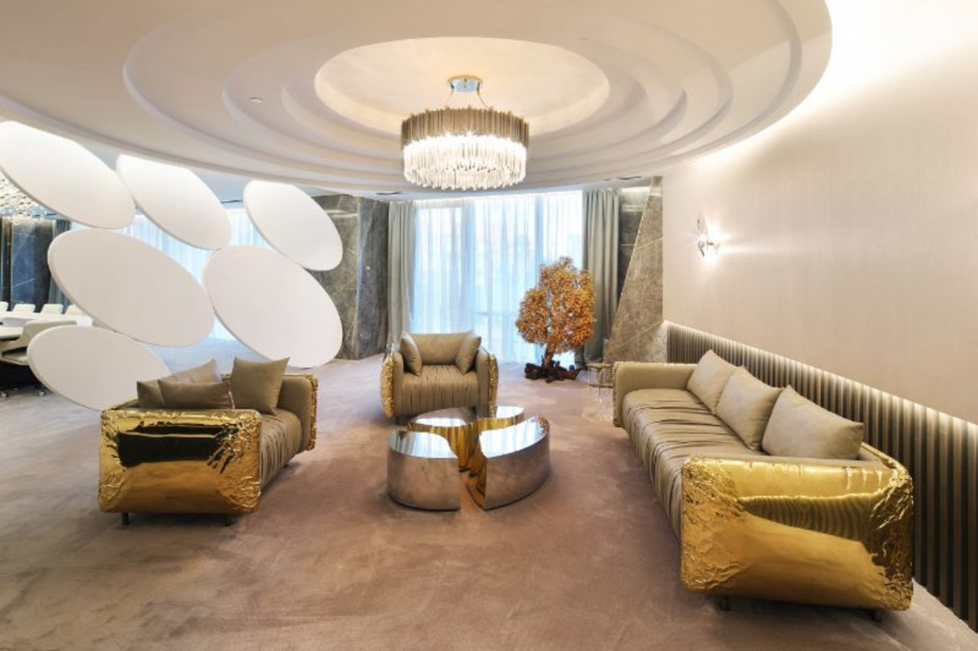 office design A Golden And Imposing Office Design By Sicilia Shine A Luxury And Contemporary Office Design By Sicilia Shine 1 1400x932