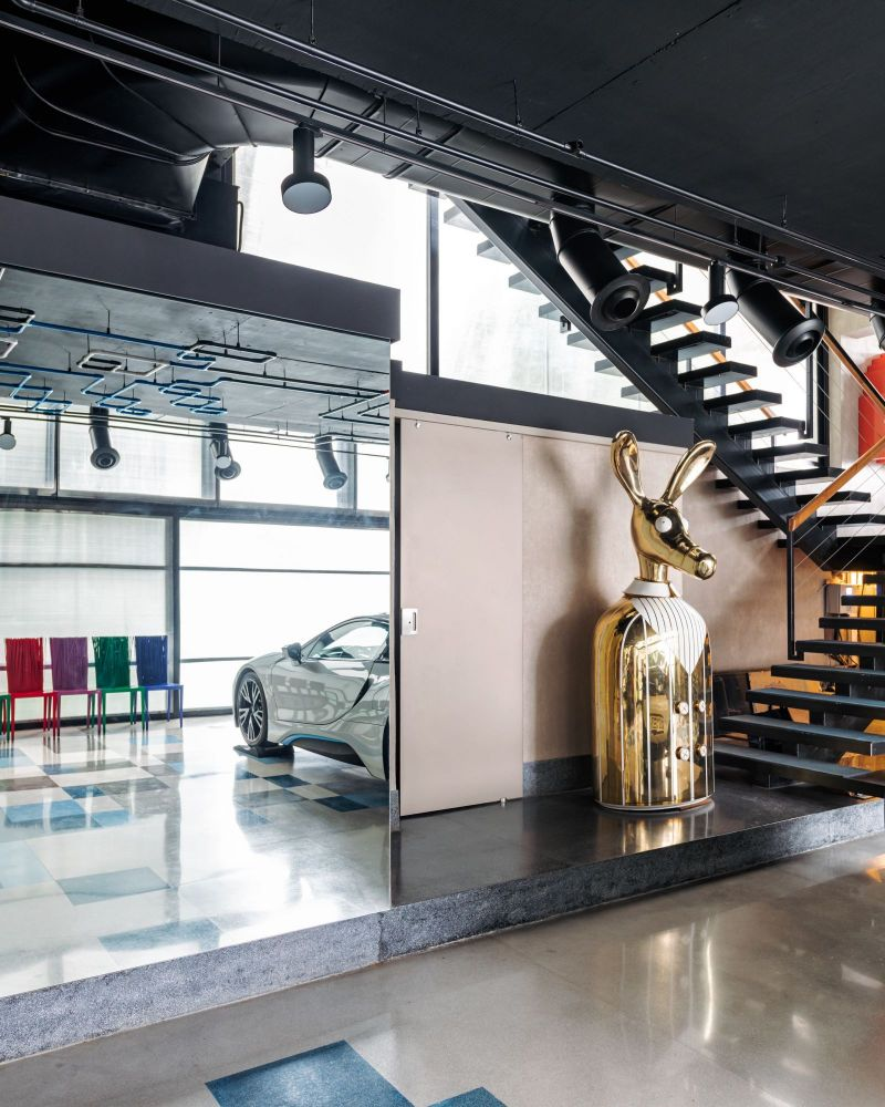 luxury home Get The Look Of This Colorful Luxury Home Inspired By Pop Art Get The Look Of This Colorful Luxury Home Inspired By Pop Art 20