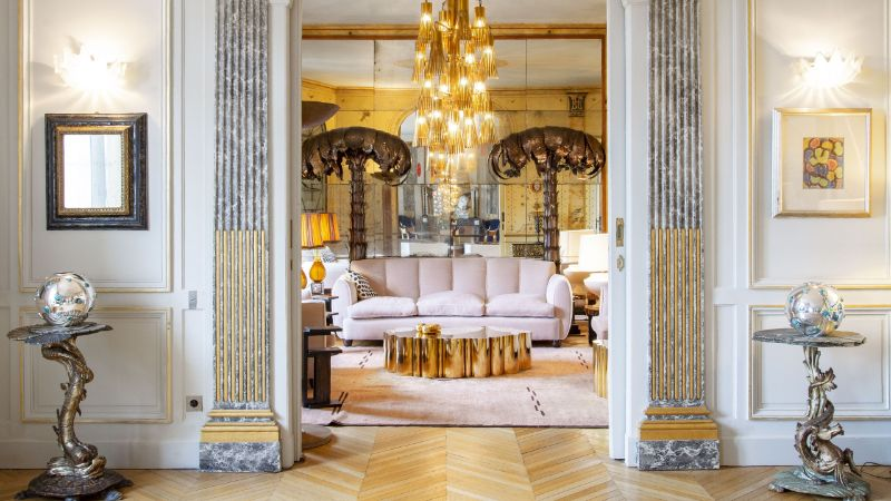 Get The Look Of An Imposing and Multilayered Paris Luxury Apartment luxury apartment A Luxury Apartment In The Heart Of Paris With A Coveted Art Collection Get The Look Of An Imposing and Multilayered Paris Luxury Apartment